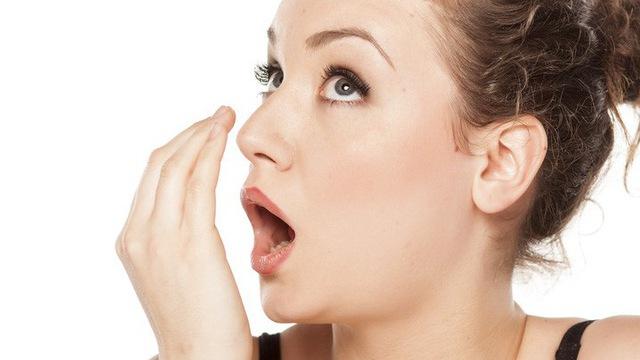 Hơi Thở Nặng Mùi - Cách Ngăn Ngừa Như Thế Nào? 2