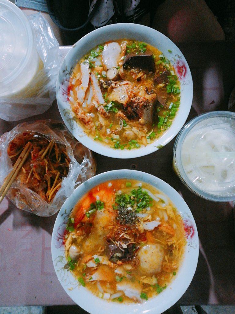 Bánh Canh Cua Giò Heo & Bún Suôn - Chợ Xóm Chiếu ở Quận 4 - Bánh Canh Cua - Xóm Chiếu ở Quận 4, TP. HCM
