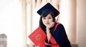 Top 10 Lí do nên yêu một cô gái học Luật