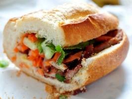 Top 10 Tiệm bánh mì ngon nhất Quận 1, TP. HCM