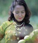 Top 12 Bài thơ hay của nhà thơ Trần Diệu Hương
