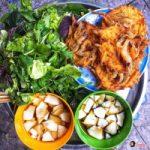 Top 5 Quán bánh tôm giòn rụm mà bạn không thể bỏ qua tại Hà Nội