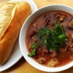 Top 6 Quán bánh mì sốt vang ngon nhất ở Hà Nội