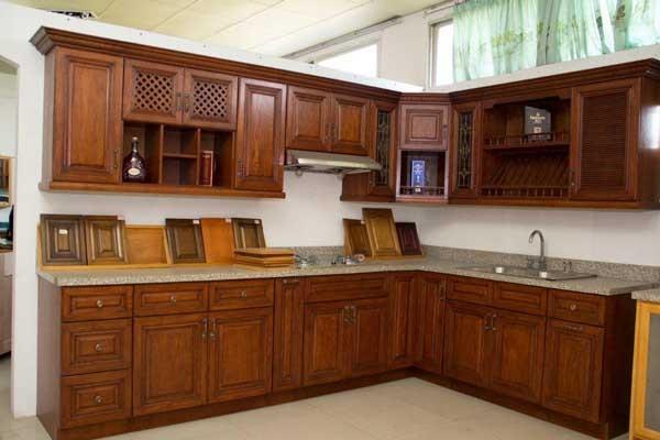Top 5 mẫu kệ tủ bếp gỗ gõ đỏ đẹp, bền được mua nhiều hiện nay 4